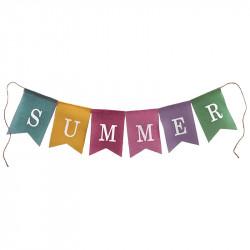 Flaggirlang med texten: SUMMER