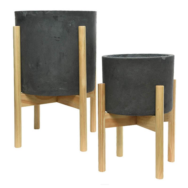 Runda lerkrukor med ben av trä, mörkgrå Tål frost