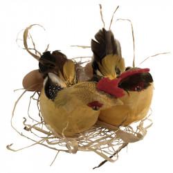 2 Höns på bast med 3 ägg, gul-svart