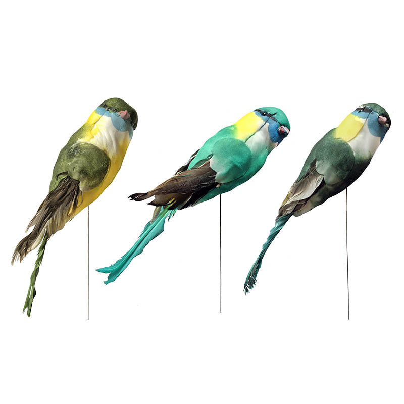 Fågel på pinne, 22 cm i 3 blandade färger, konstgjort djur