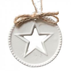 Julgransdekoration med utstansad stjärna