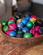 Förpackning med blandade julkulor| Många färger